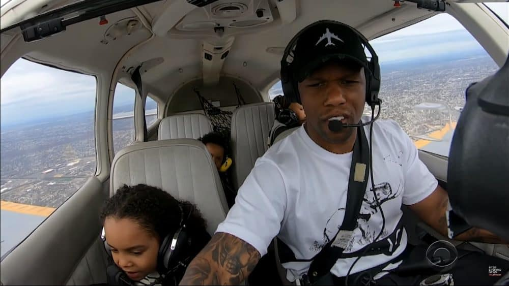 Black Pilot Gives Free Flying Lessons